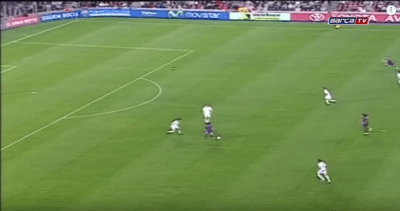 ΤHE FIRST GOAL OF LIONEL MESSI WITH BARCELONA (VIDEO)