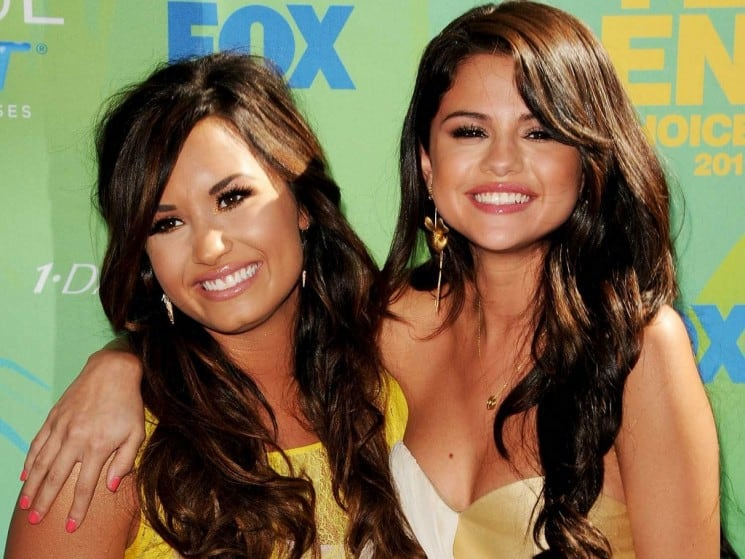 SELENA GOMEZ AND DEMI LOVATO: BEST FRIENDS AGAIN?