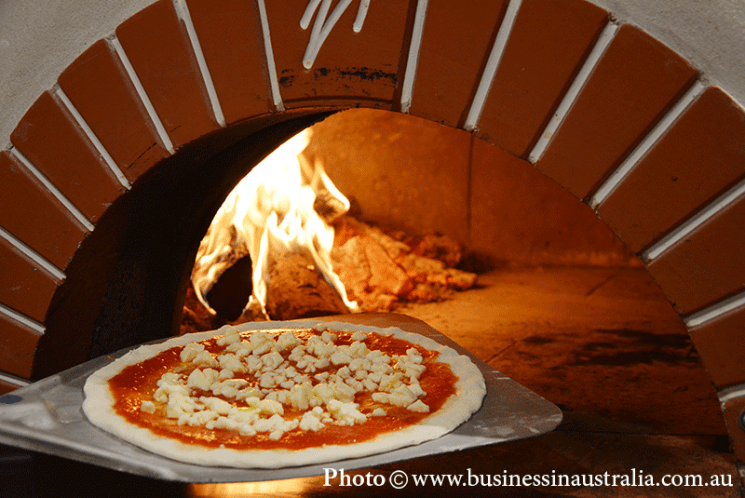 GREEK-ITALIAN PIZZA BUSINESS FOR SALE IN SYDNEY (ALSO HAS A FUNCTION CENTRE ROOM)