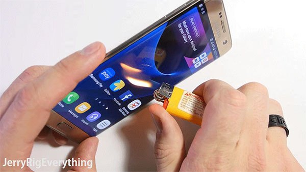 SAMSUNG GALAXY S7 EDGE: SEE ABOUT THE SCRATCHES AND BENDS [VIDEOS]