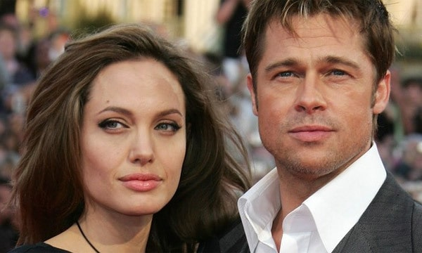 ANGELINA JOLIE FILES FOR DIVORCE FROM BRAD PITT!!!